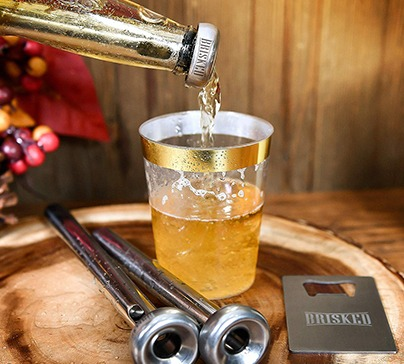 Improve your drinking experience, retaining the original taste of beer thanks to BRISKED Beer Chiller Sticks.
