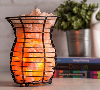 Natural Himalayan Salt Wire Mesh Basket Vase Lamp