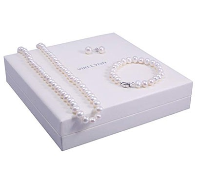 Pearl Necklace, Bracelet and Stud Earrings Set