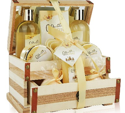 Spa Gift Basket Refreshing Rose & Jasmine Fragrance